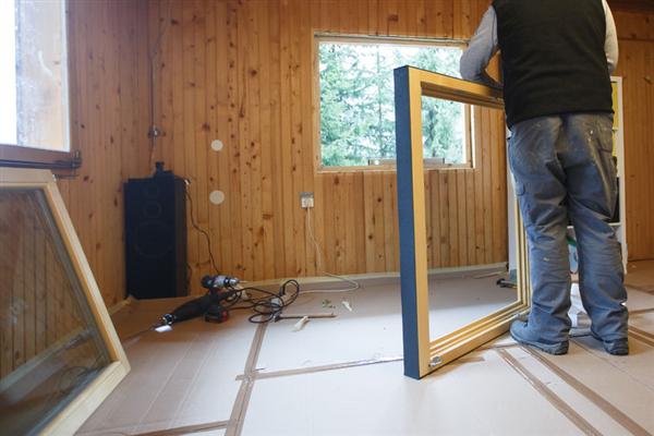 4 Ways to Save Money on Energy-Efficient Windows