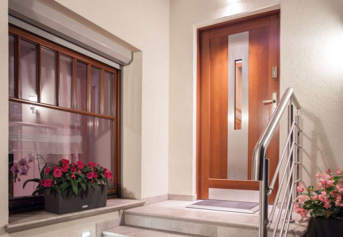 Ideas for a Stunning Wood Entrance Door