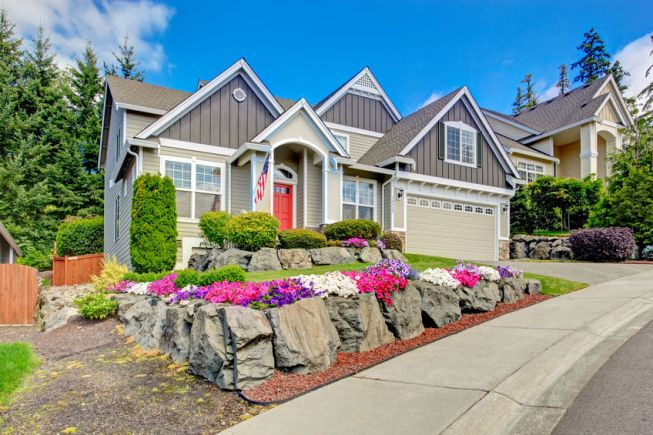 Creating Curb Appeal for Your Home Sale