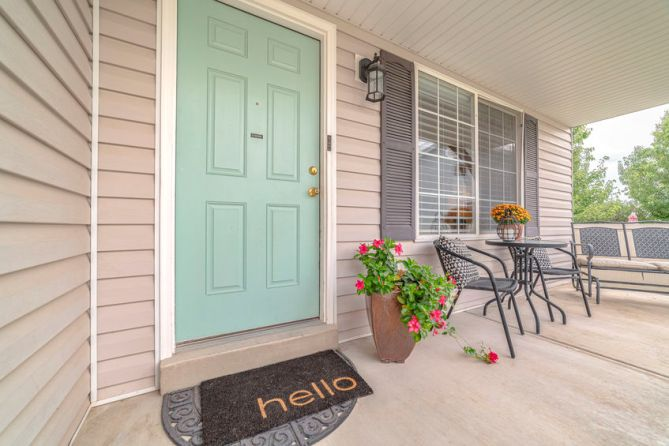 Personalizing Your Front Door With Color