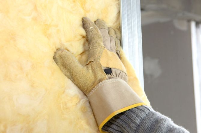 Five Benefits of R-Value Wall Insulation